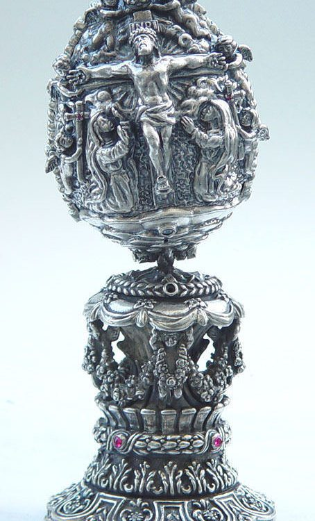 The Crucifix of Jesus Sterling Silver Egg
