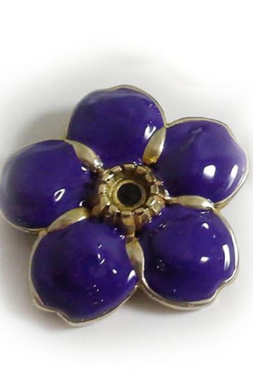 Anmoruk Big Flower White Bronze Pin