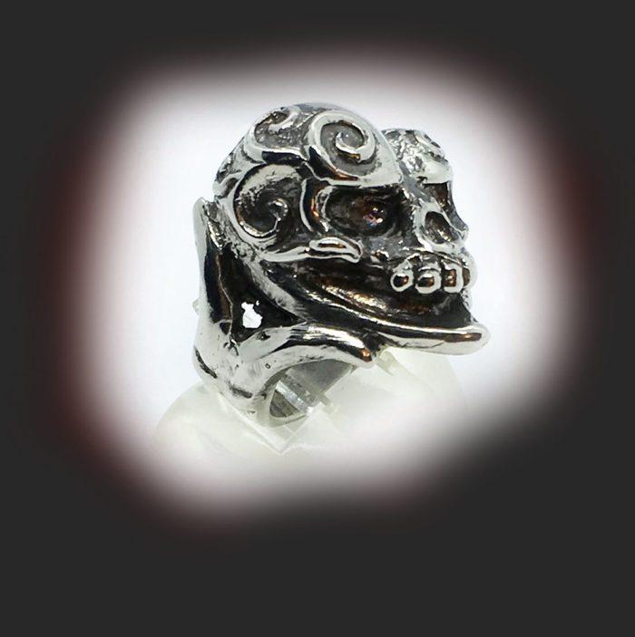 Jokers Love Skull Sterling Silver Ring