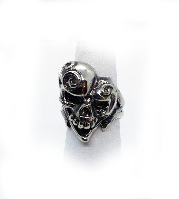 Jokers Love Skull Sterling Silver Ring 5