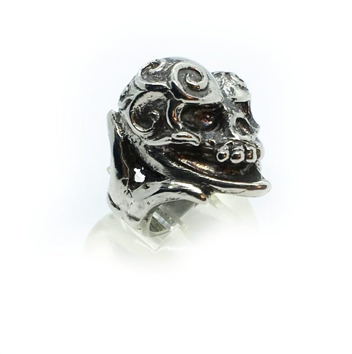 Jokers Love Skull Sterling Silver Ring 4