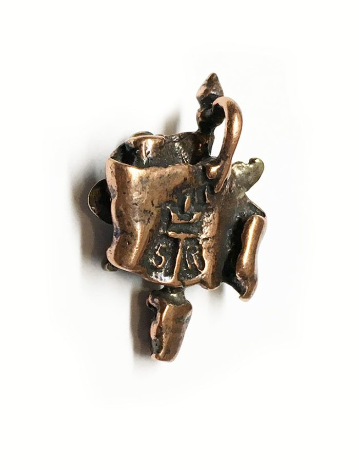 ArmRevDashnak Bronze Pendant back