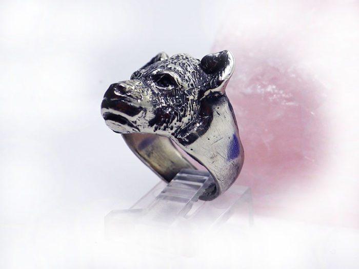 hyena ring 3