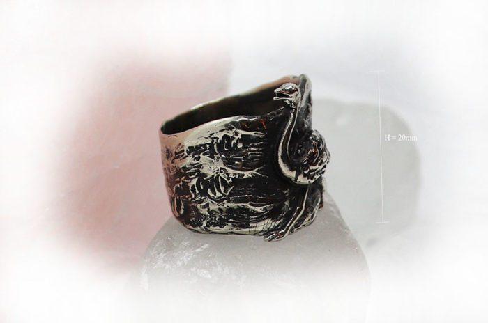Ostrich Ring 2
