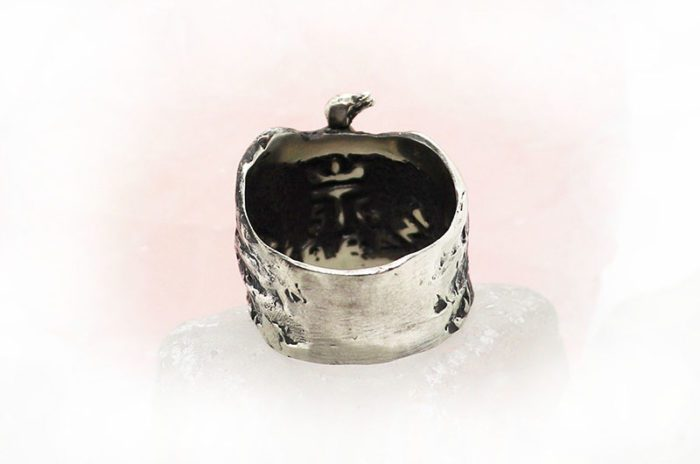 Ostrich Ring 3