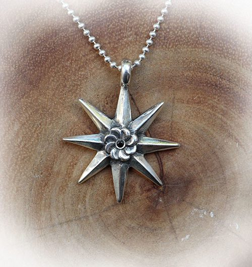 8 Star Eternity Pendant