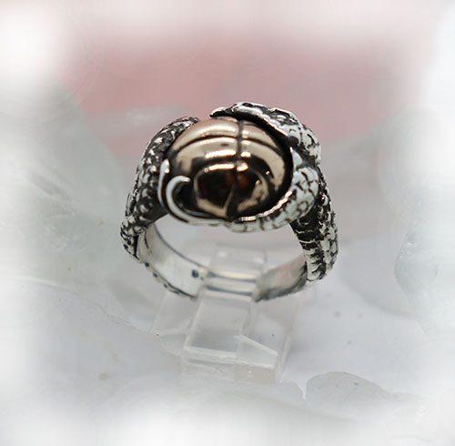 Black Mamba Ring