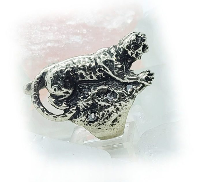 Tiger with White CZ Stones Sterling Silver Ring 2