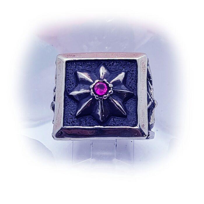 8 Star Cross Ruby Stone Ring 2