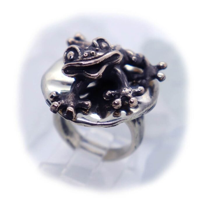 Frog Lily Pad Ring V1