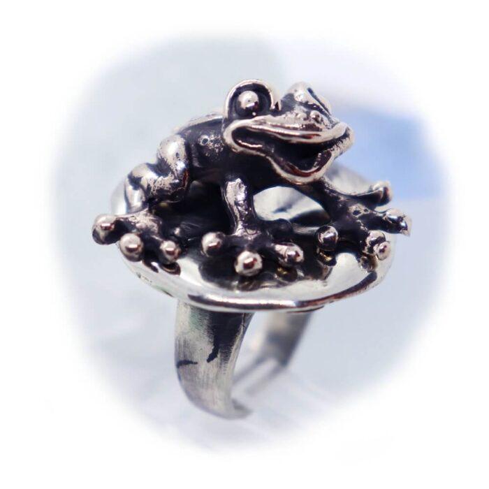 Frog Lily Pad Ring V2 2
