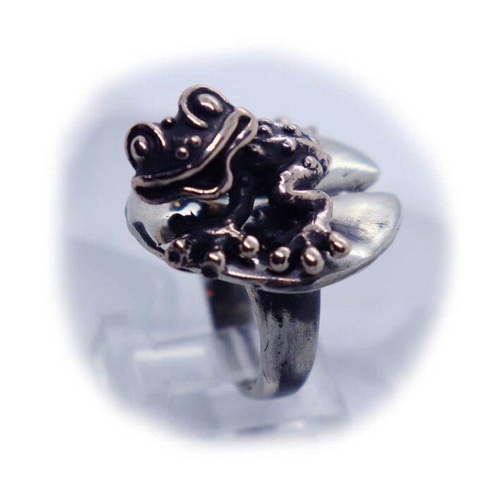 Frog Lily Pad Ring V3 2