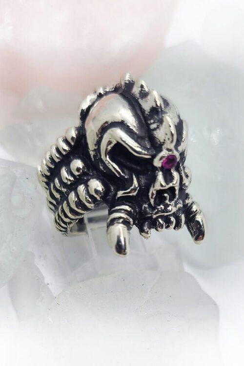 Punky Skull Ring